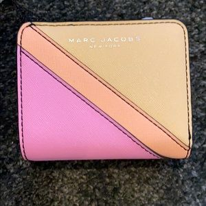 NWT Marc Jacobs Saffiano Mini Compact Wallet